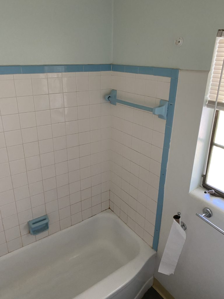Painted Shower Tile In Our 1940 S Bathroom Week 2 Orc